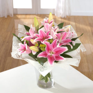 Sumptuous Lily Hand-tied
